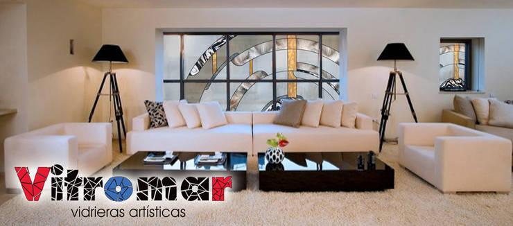 moderne Fenster & Tür von Vitromar Vidrieras Artísticas
