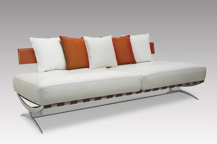 modern Living room by de Milan