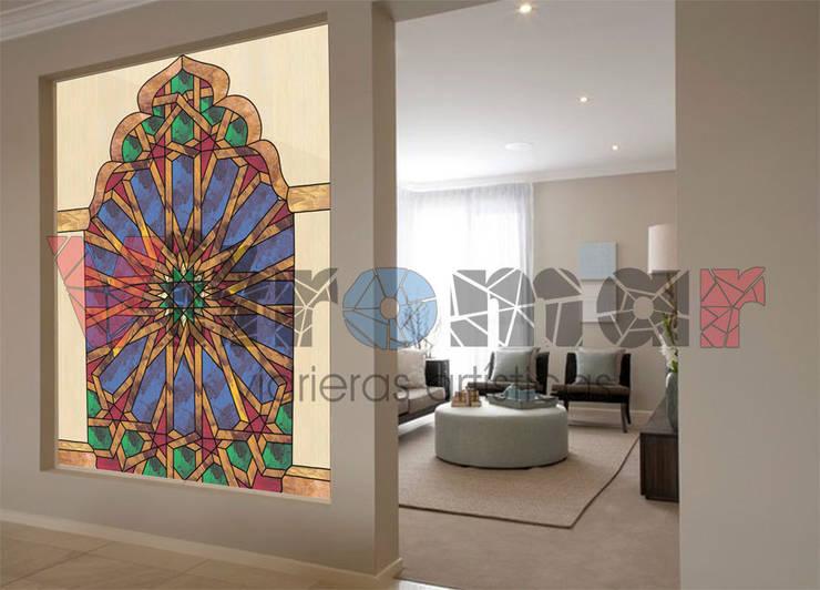 Separador de ambiente arabesco:  de estilo  de Vitromar Vidrieras Artísticas