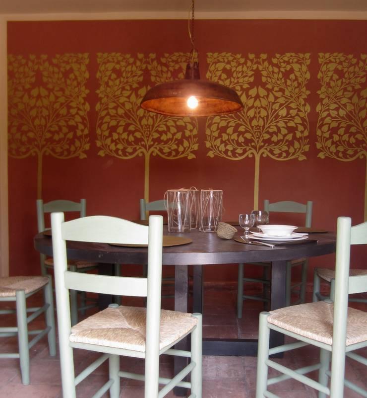 Salas de jantar rústicas por interiorismo estudio apunto Rústico