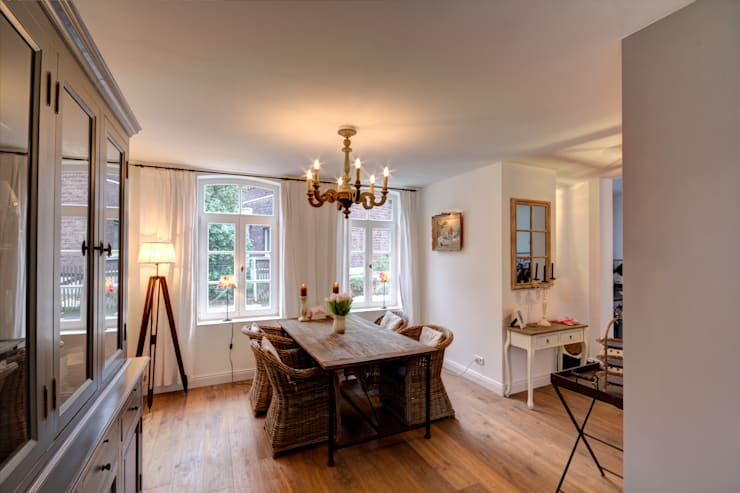 country Dining room by Lichters Living