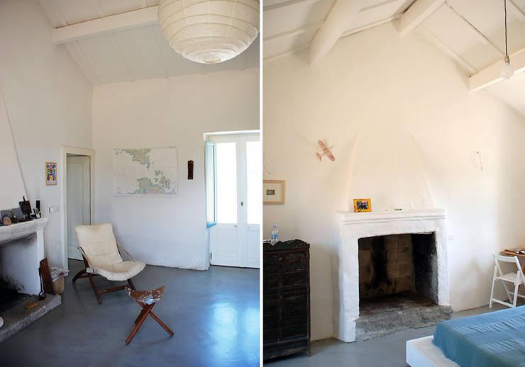 STAZZU RURAL HOUSES  Living room\ Bedroom: Soggiorno in stile  di FTA Filippo Taidelli Architetto