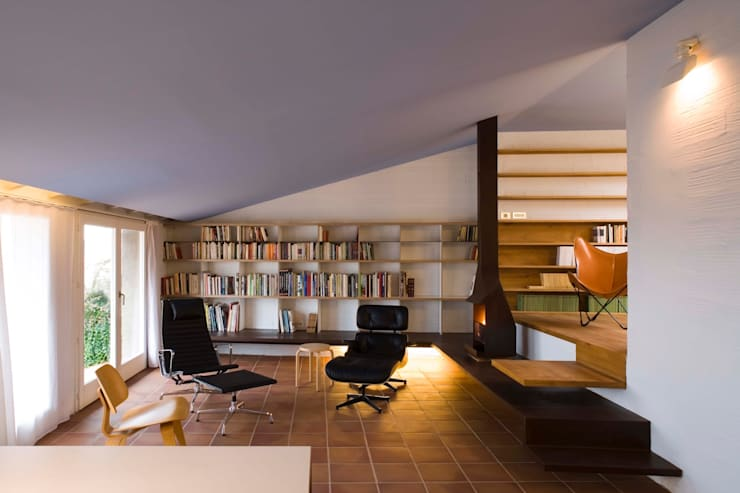 modern Study/office by Estudi Agustí Costa