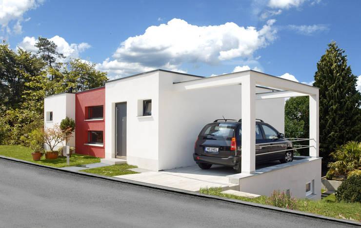 moderne Garage/schuur door b2 böhme PROJEKTBAU GmbH