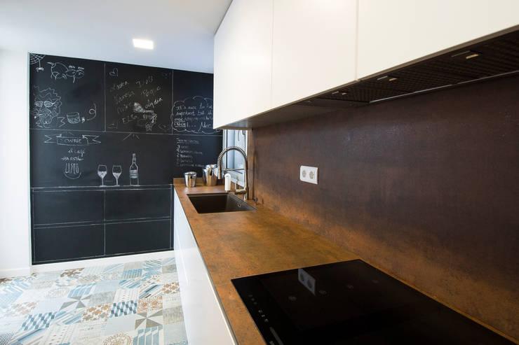 Cozinhas  por Blank Interiors