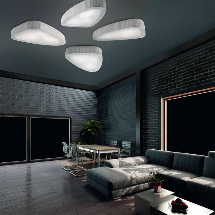 ILUMINACIÓN: Salones de estilo moderno de Muebles Flores Torreblanca