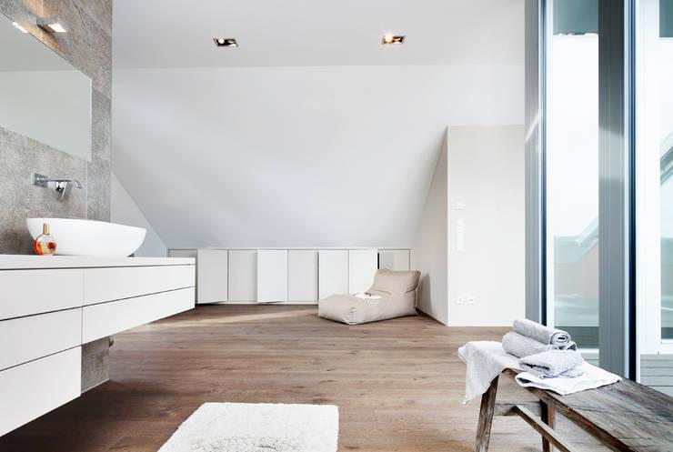 Projekty,  Łazienka zaprojektowane przez WSM ARCHITEKTEN