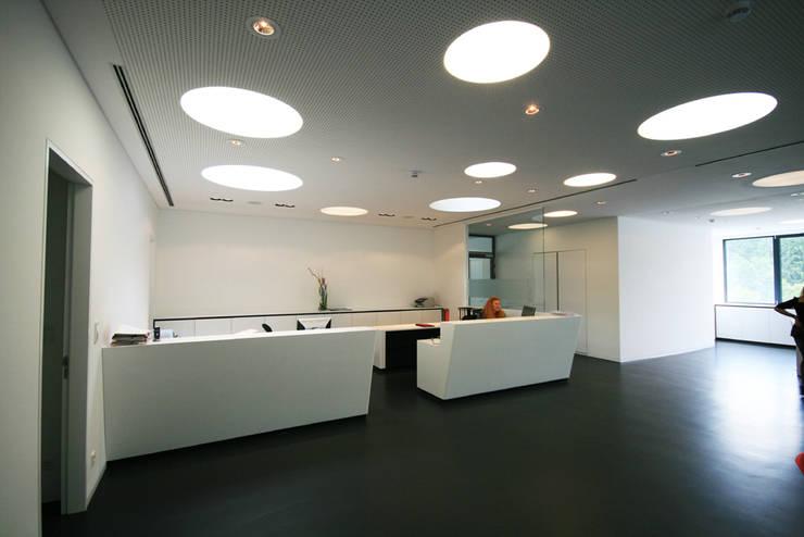 Edifícios comerciais  por Gellink + Schwämmlein Architekten