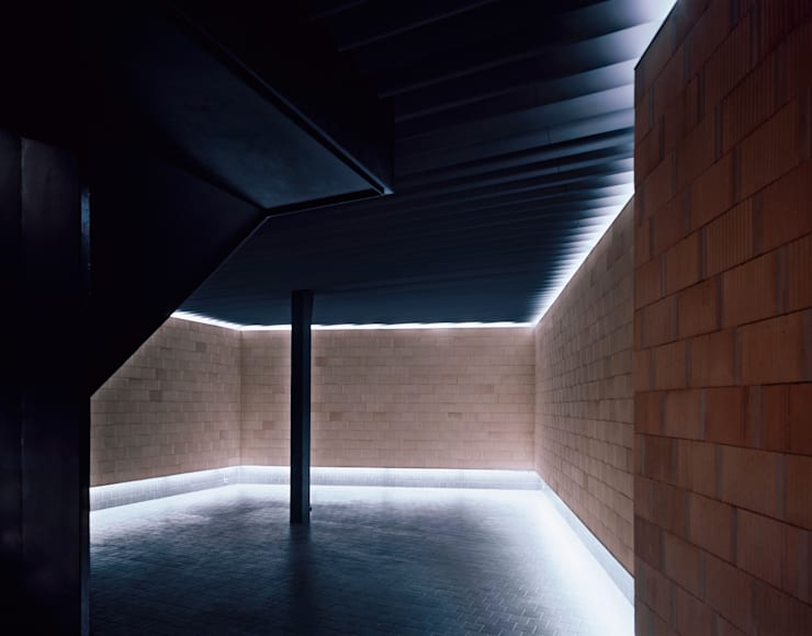 Eetkamer door Francisco Mangado
