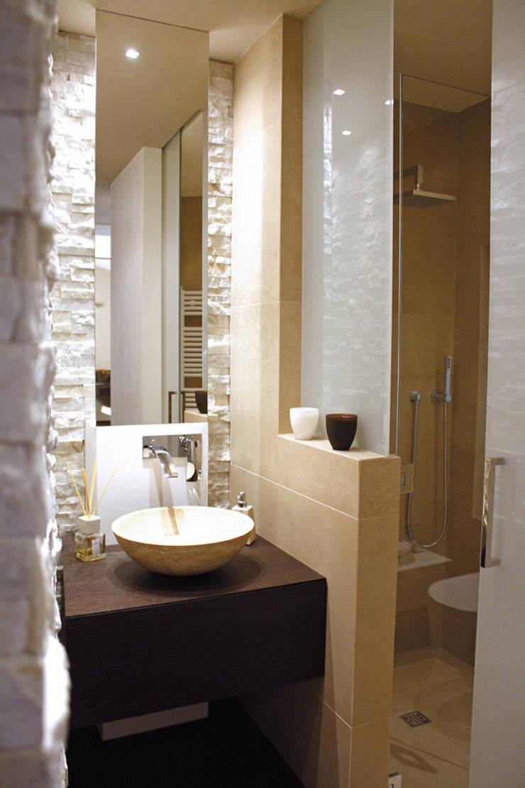 Enrico Muscioni Architect が手掛けた浴室