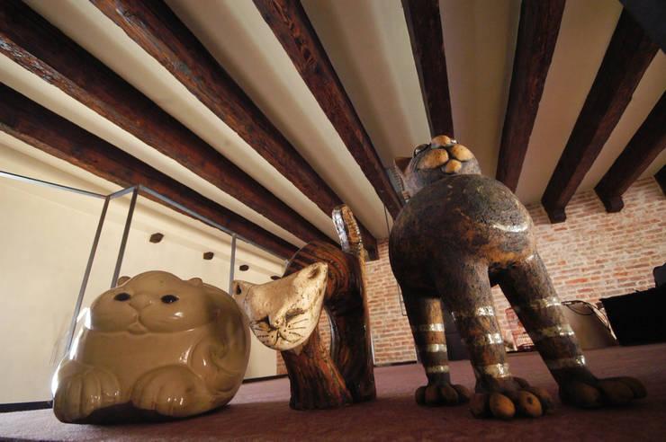 La casa di Eli: Ingresso, Corridoio & Scale in stile  di GAP Studio