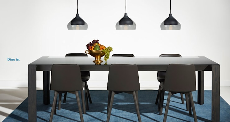 LAKE DINING TABLE: Hogar de estilo  por Blu Dot