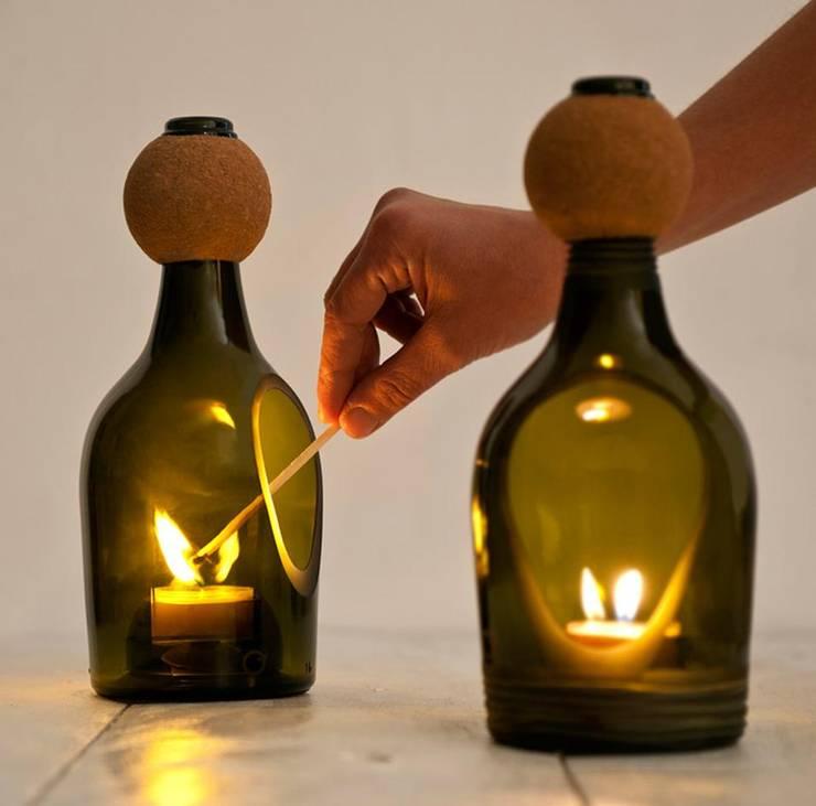 Una rielaborazione della lanterna tradizionale di Lucirmas: Giardino in stile in stile Minimalista di Alessandra Gaeta