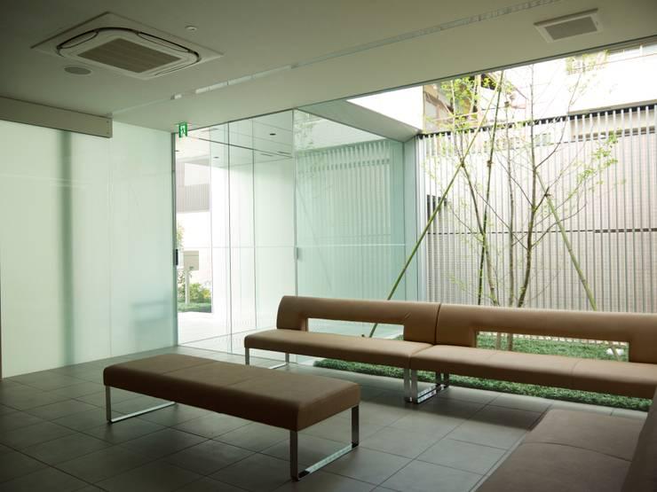 待合室:       古津真一 翔設計工房一級建築士事務所が手掛けた和室です。