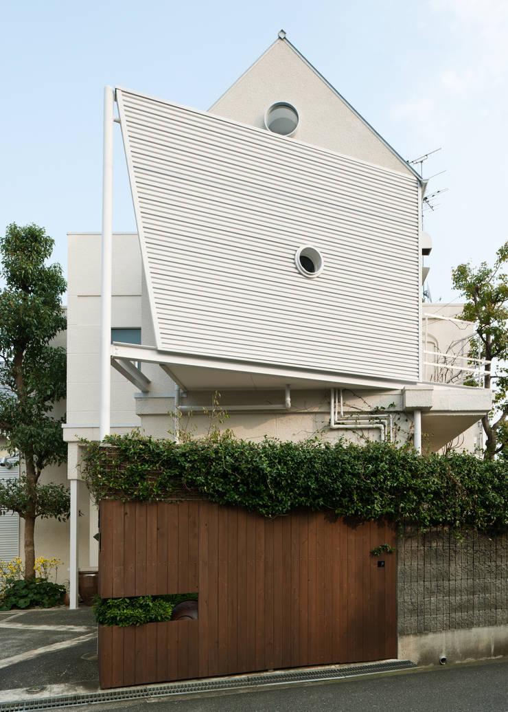 ファサード: Kikumi Kusumoto/Ks ARCHITECTSが手掛けた家です。,モダン