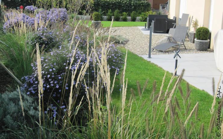 Jardins  por SCHAEDELE PAYSAGISTE