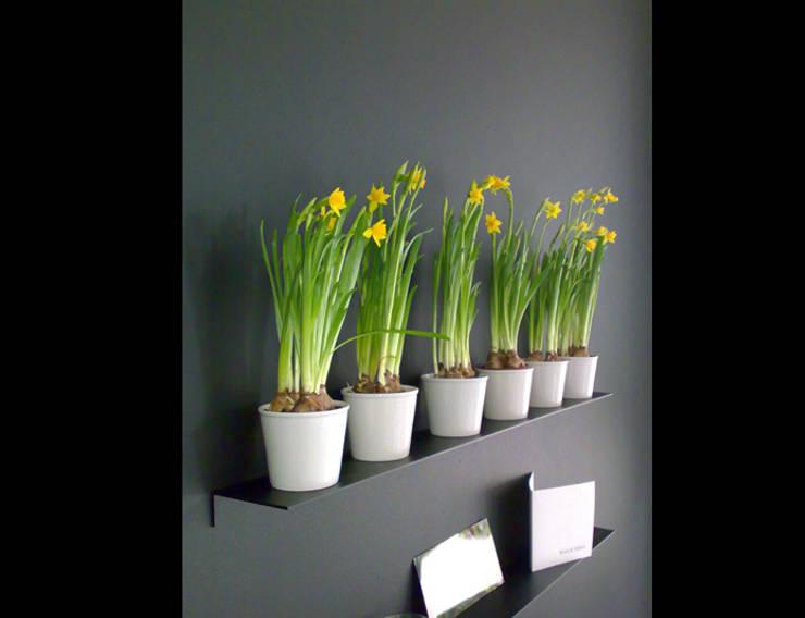 Marike Add planchet 60 cm:  Woonkamer door Marike, Modern