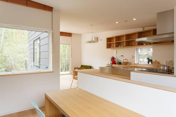T邸: SOYsource建築設計事務所 / SOY source architectsが手掛けたキッチンです。