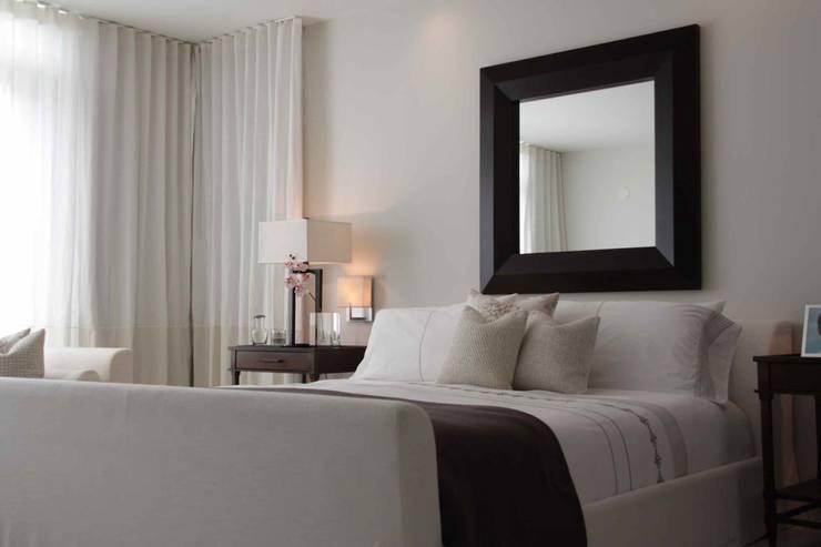 Lichelle Silvestry Interiorsが手掛けた寝室