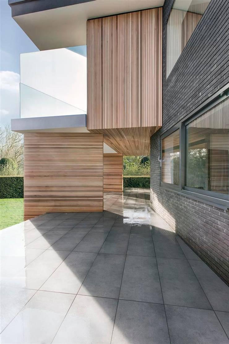 AR Design Studio- 4 Views:  Houses by AR Design Studio