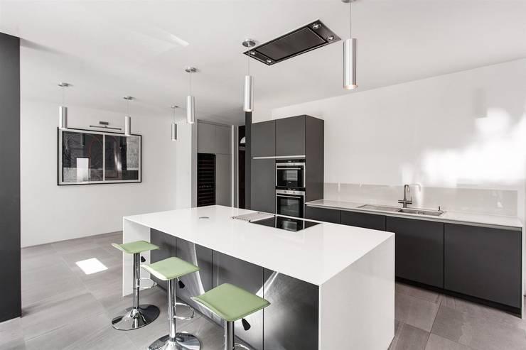 Cucina in stile  di AR Design Studio