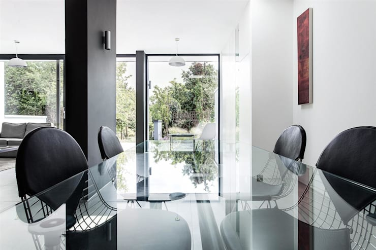 Sala da pranzo in stile  di AR Design Studio