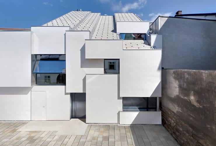 Ansicht Hinterhaus:  Häuser von Peter Haimerl . Architektur