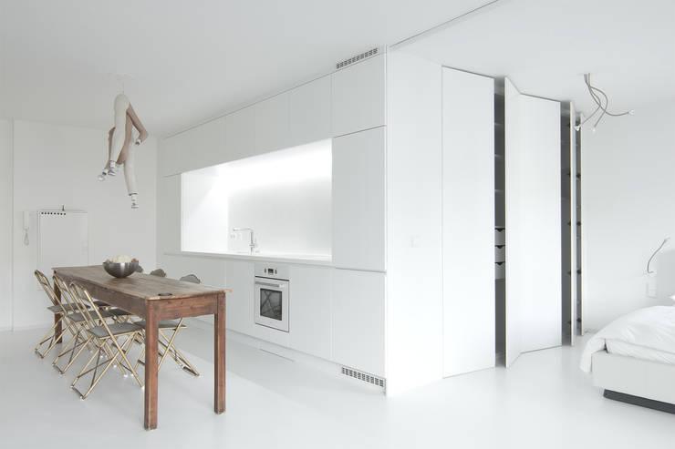 Sschrankblock: moderne Küche von Alexander John Huston