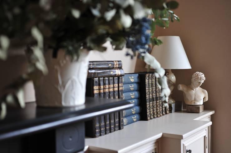 Wohnzimmer von Cathy Phillips & Co
