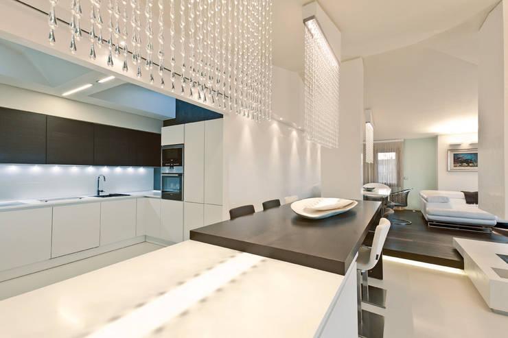 Cocinas de estilo  por Enrico Muscioni Architect
