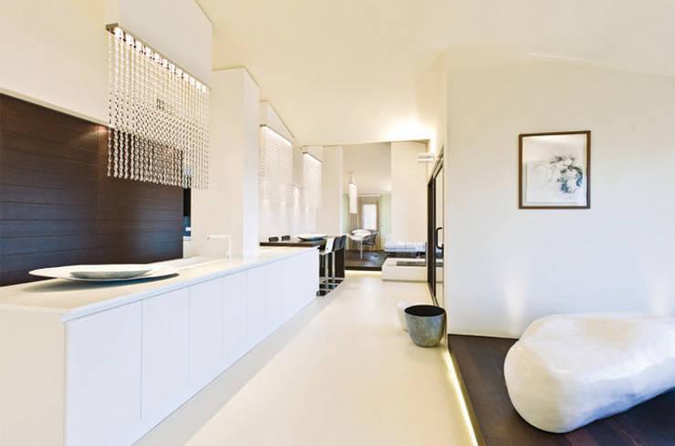 Salas de estilo  por Enrico Muscioni Architect
