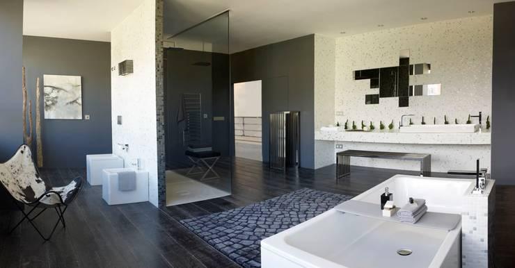Block & Bath: Baños de estilo moderno de BARASONA Diseño y Comunicacion