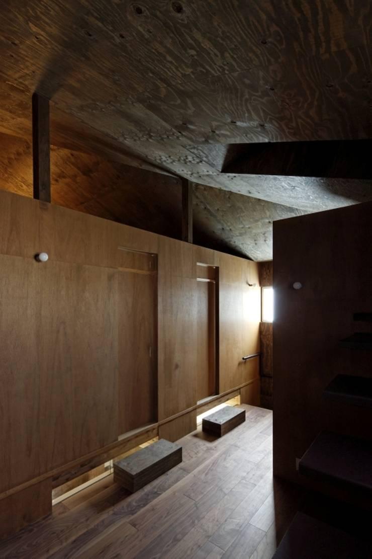 ヤネウラウラ: eu建築設計が手掛けた和室です。