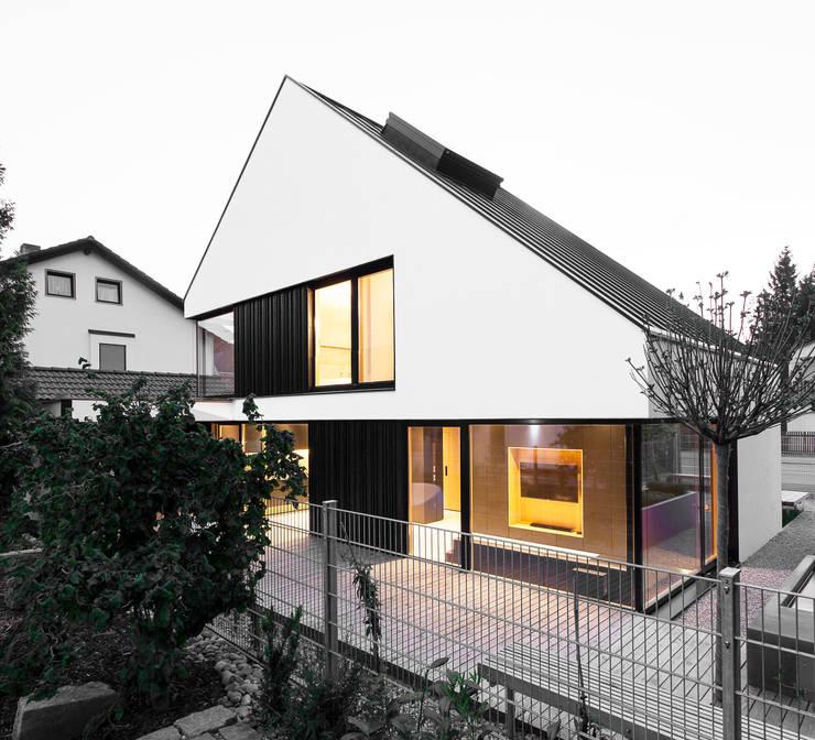 House B:  Häuser von FORMAT ELF ARCHITEKTEN