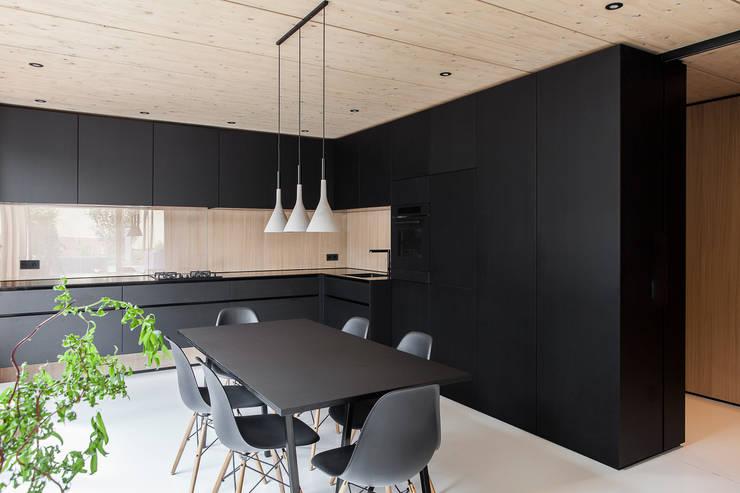 Cocinas de estilo  de FORMAT ELF ARCHITEKTEN, Moderno