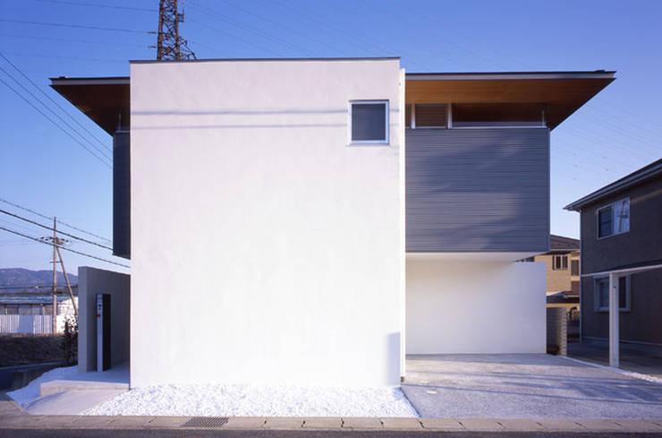 松が丘の家: 小田裕二建築設計事務所が手掛けた家です。