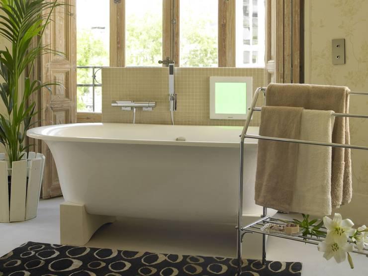Sweet Sensations Spa: Baños de estilo  de BARASONA Diseño y Comunicacion
