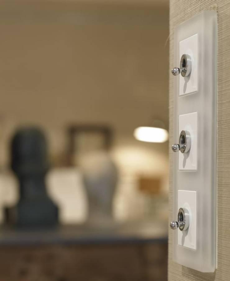 Suite en Tribeca: Estudios y despachos de estilo  de BARASONA Diseño y Comunicacion