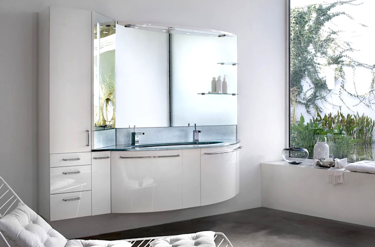 arredo bagno: Bagno in stile  di Architettura & Servizi