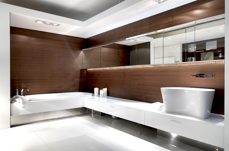 Bathroom by Architettura & Servizi