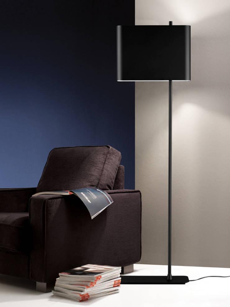 Living room by GRUPO LINEAS TC