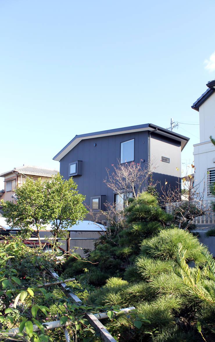 北西面外観: 秀田建築設計事務所が手掛けた家です。