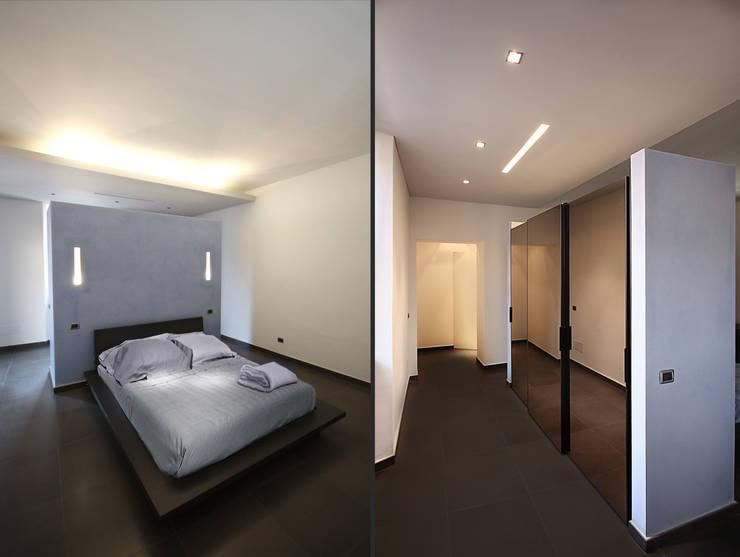 Private Flat APP_G_VA: Camera da letto in stile  di Diego Bortolato Architetto
