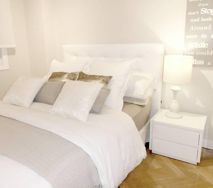Una vivienda sosegada: Dormitorios de estilo clásico de Ismael Blázquez | MTDI ARQUITECTURA E INTERIORISMO