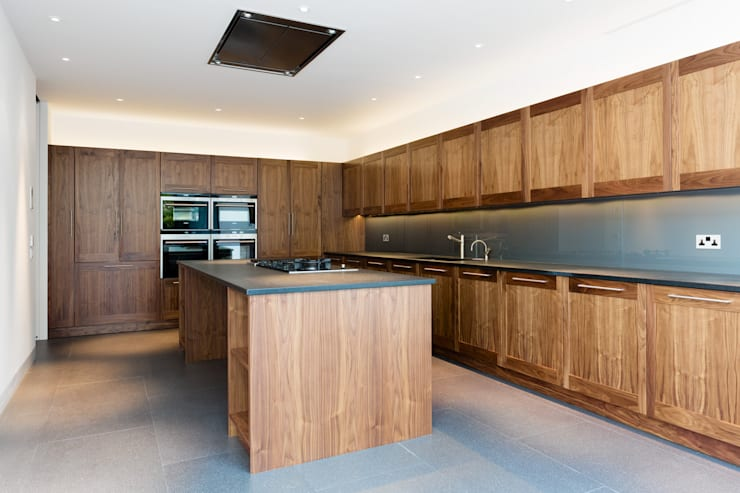 Kitchen by Gregory Phillips Architects