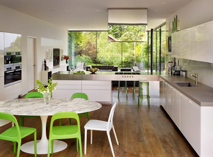 Guildford:  Dining room by Gregory Phillips Architects