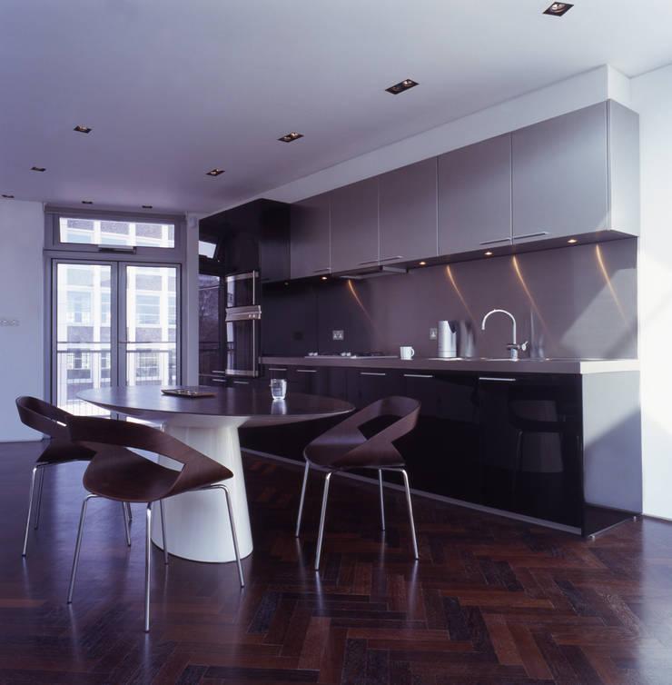 Shoreditch Cocinas de estilo moderno de Gregory Phillips Architects Moderno
