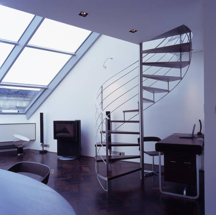 Shoreditch Estudios y despachos de estilo moderno de Gregory Phillips Architects Moderno