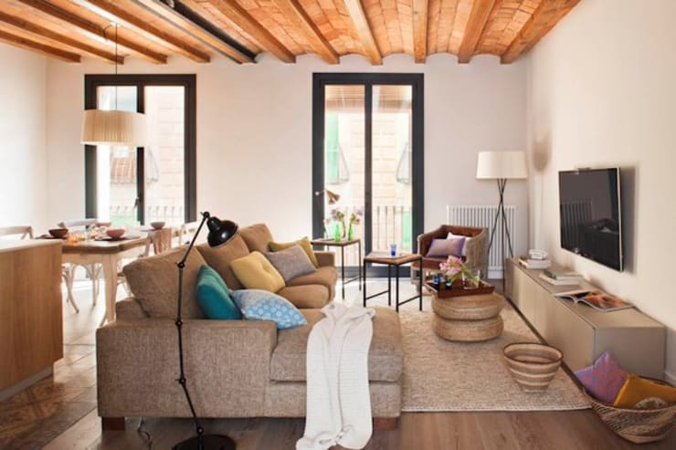 Salon de style de style Rustique par Meritxell Ribé - The Room Studio