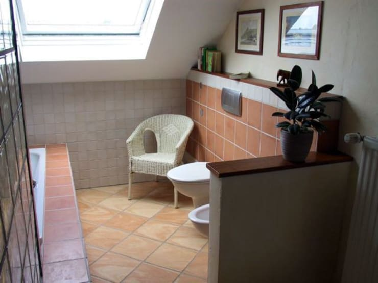Übersicht :  Badezimmer von B a r b a r a V o l m e r Interieur Design,Mediterran
